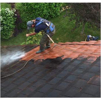 Traitement de toiture par un applicateur tuilex Jura mantry
